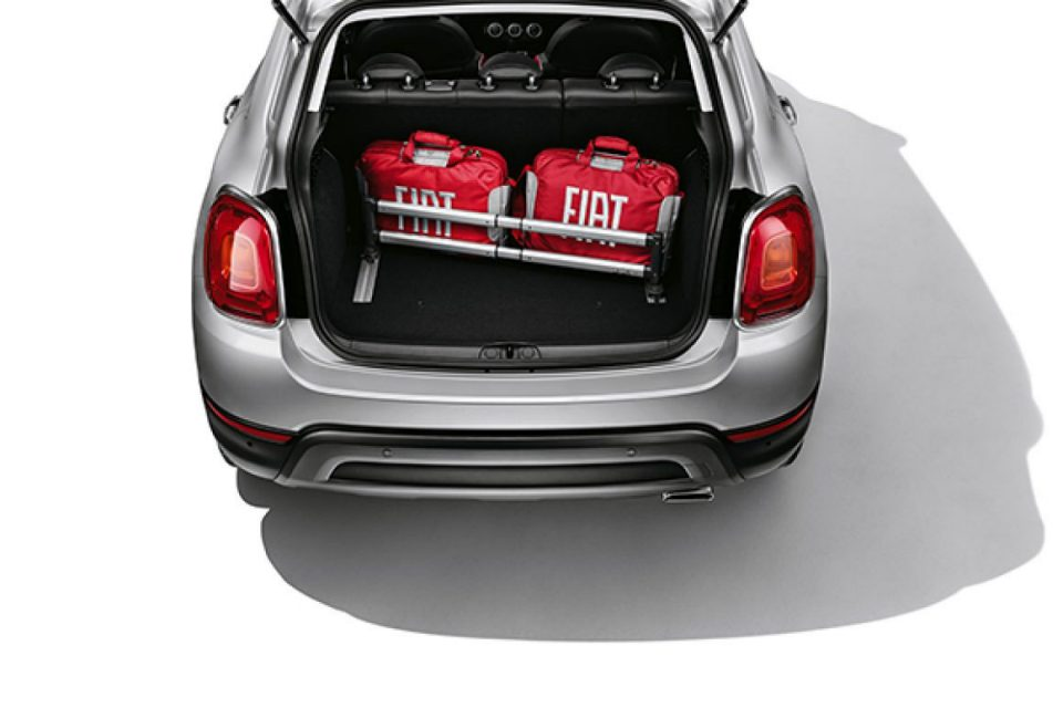 accessoires pour fiat 500x. Black Bedroom Furniture Sets. Home Design Ideas